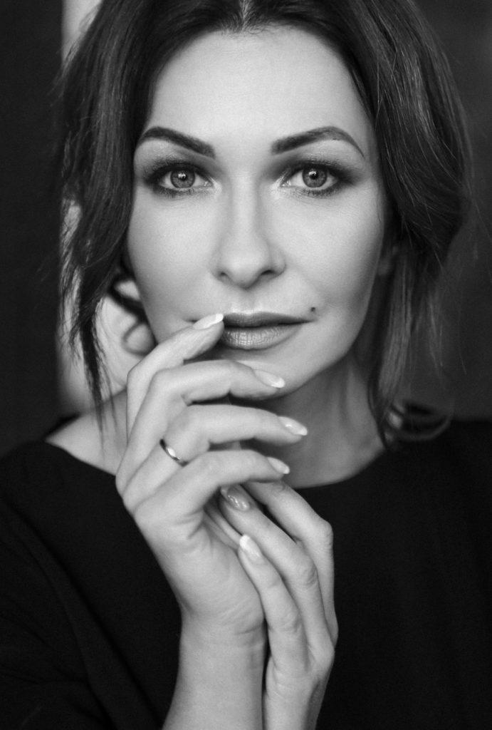 Олена Сисоєва – сучасний український автор