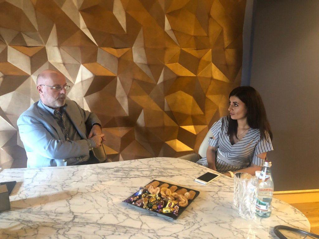 Вікторія Запара презентувала RIO DESIGN президенту Асоціації платників податків України